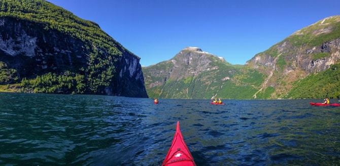 Kayak-Geiranger-Fjord-Norvege