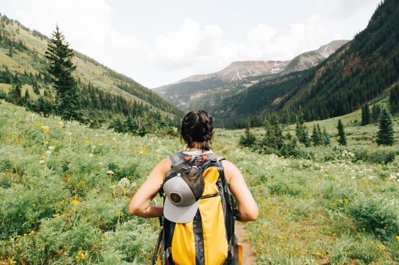femme en randonnée