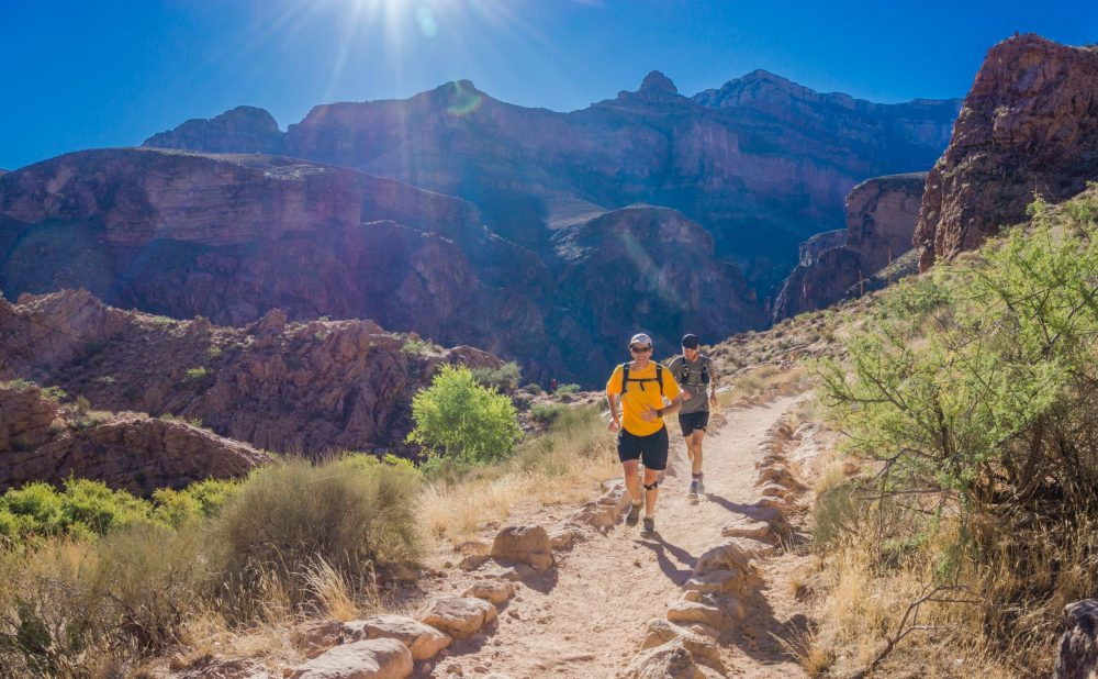 deux hommes en ultra trail