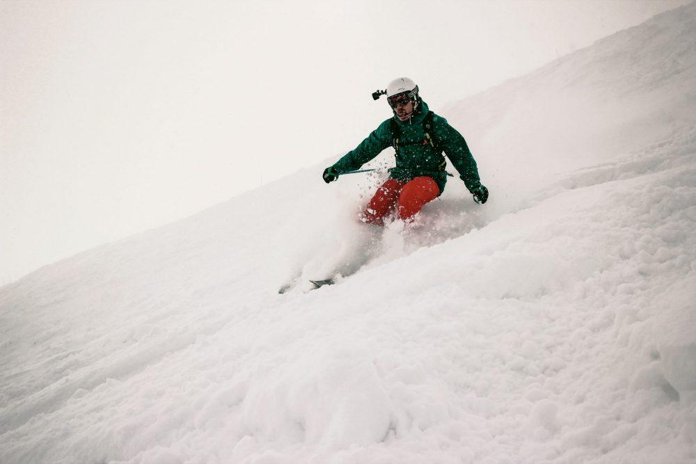 skieur avec camera garmin