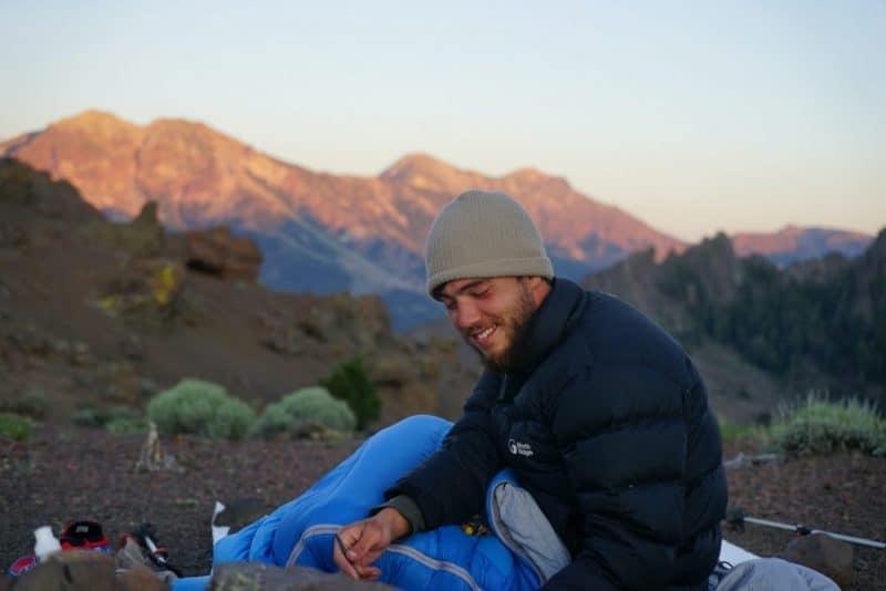 test d'un sac de couchage en montagne