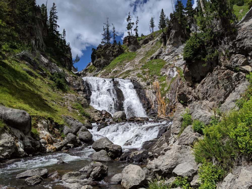 yellowstone national park continental divide trail